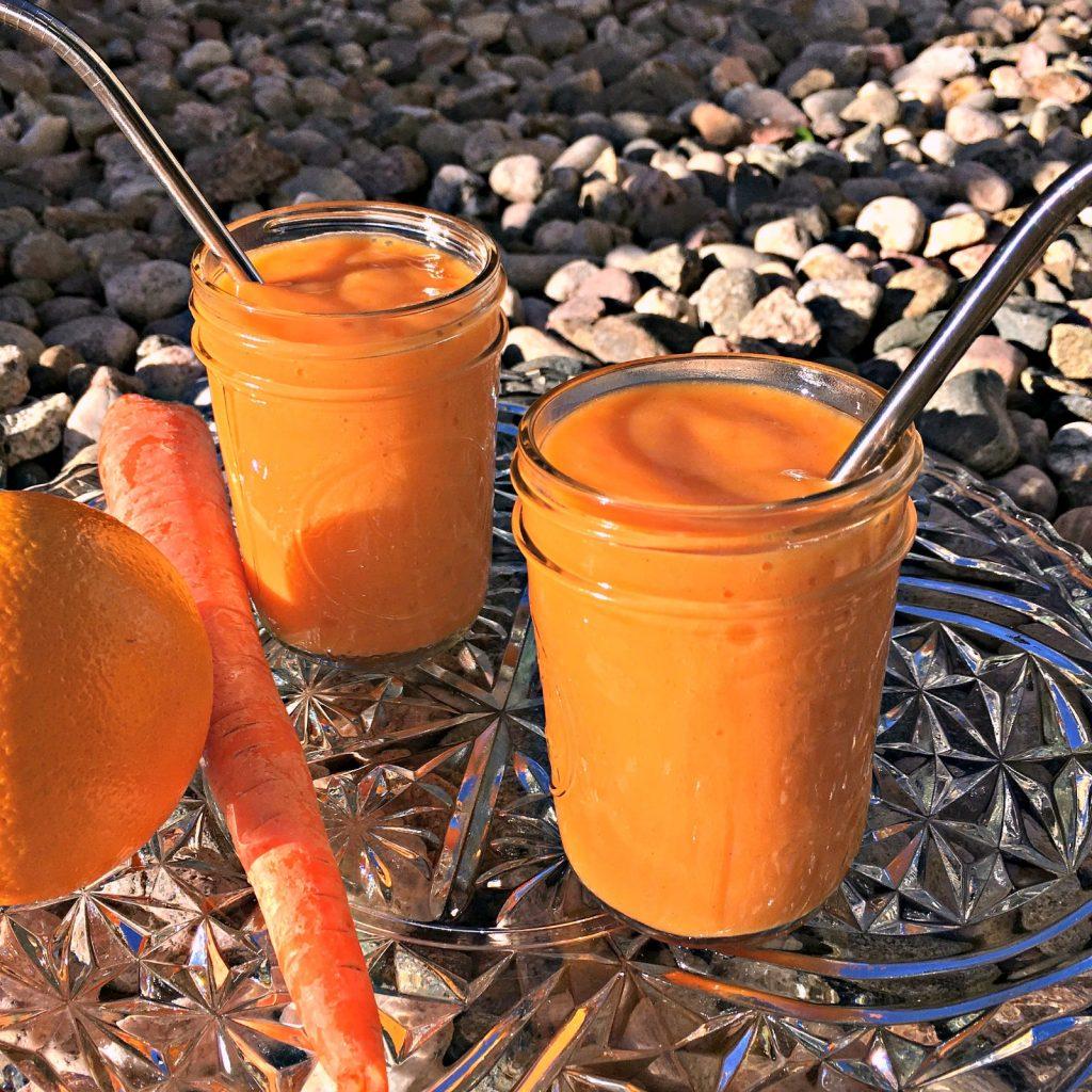 Carrot orange mango smoothie square