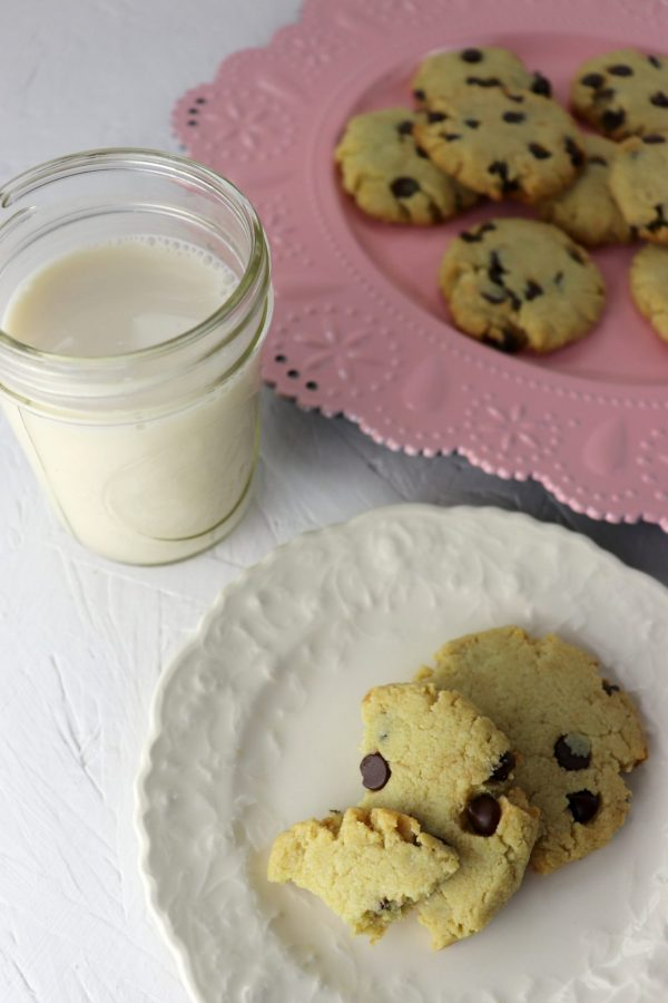 Best chewy keto chocolate chip cookies, plates and milk