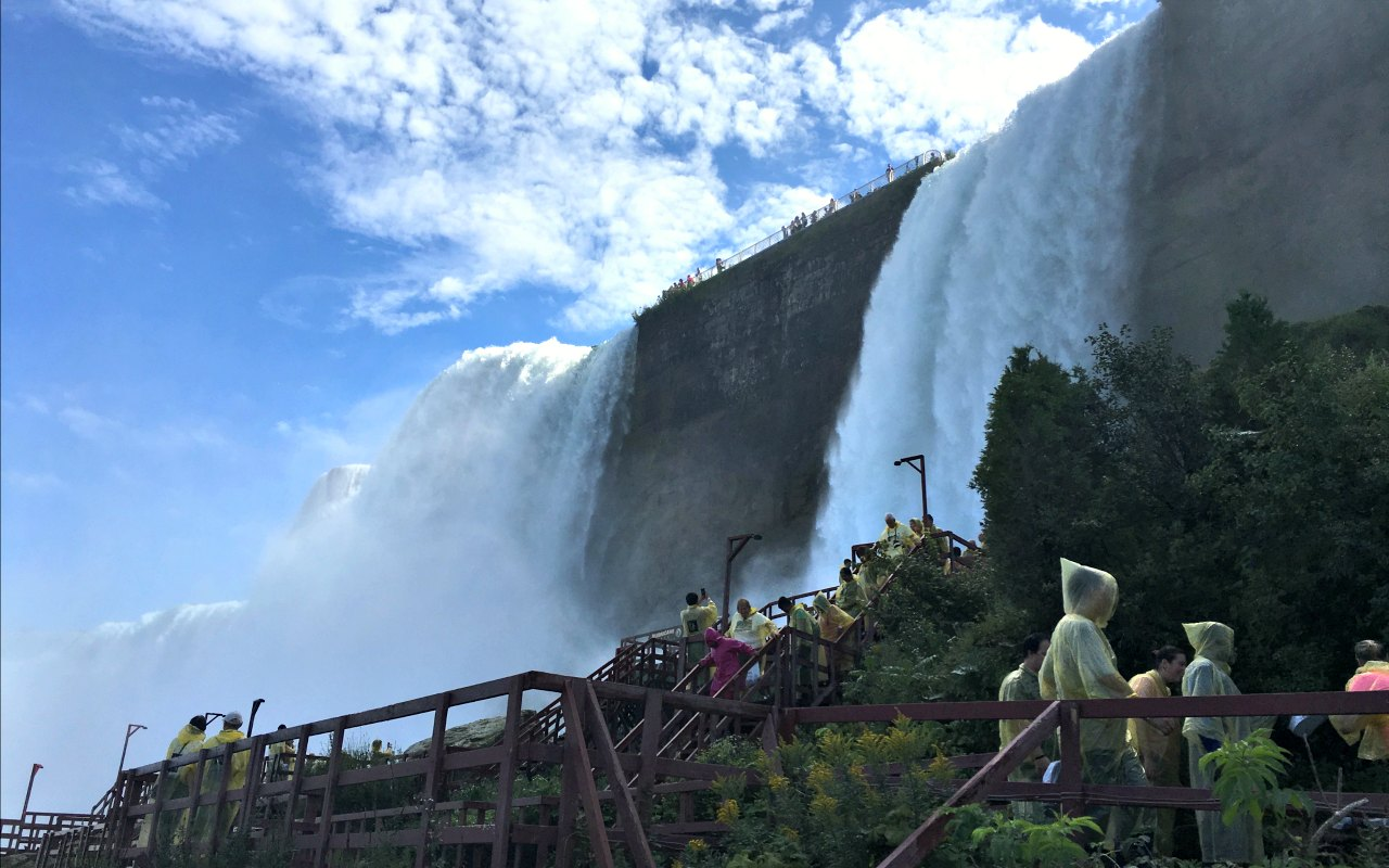 Epic things to do at Niagara Falls with kids #niagarafalls #familytravel #stateparks #explorermomma