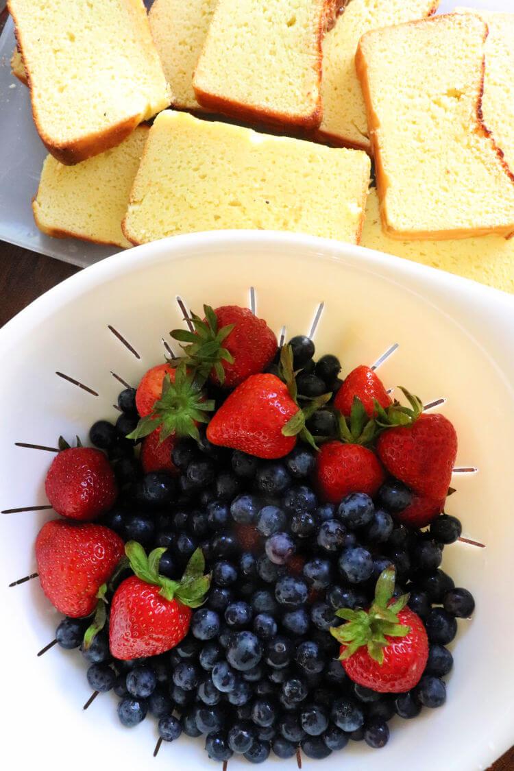 Keto lemon pound cake and berries