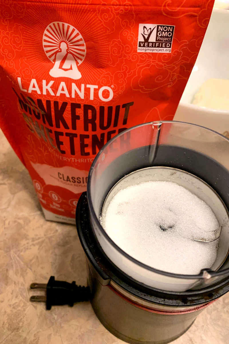 Sweetener to be ground in the coffee grinder