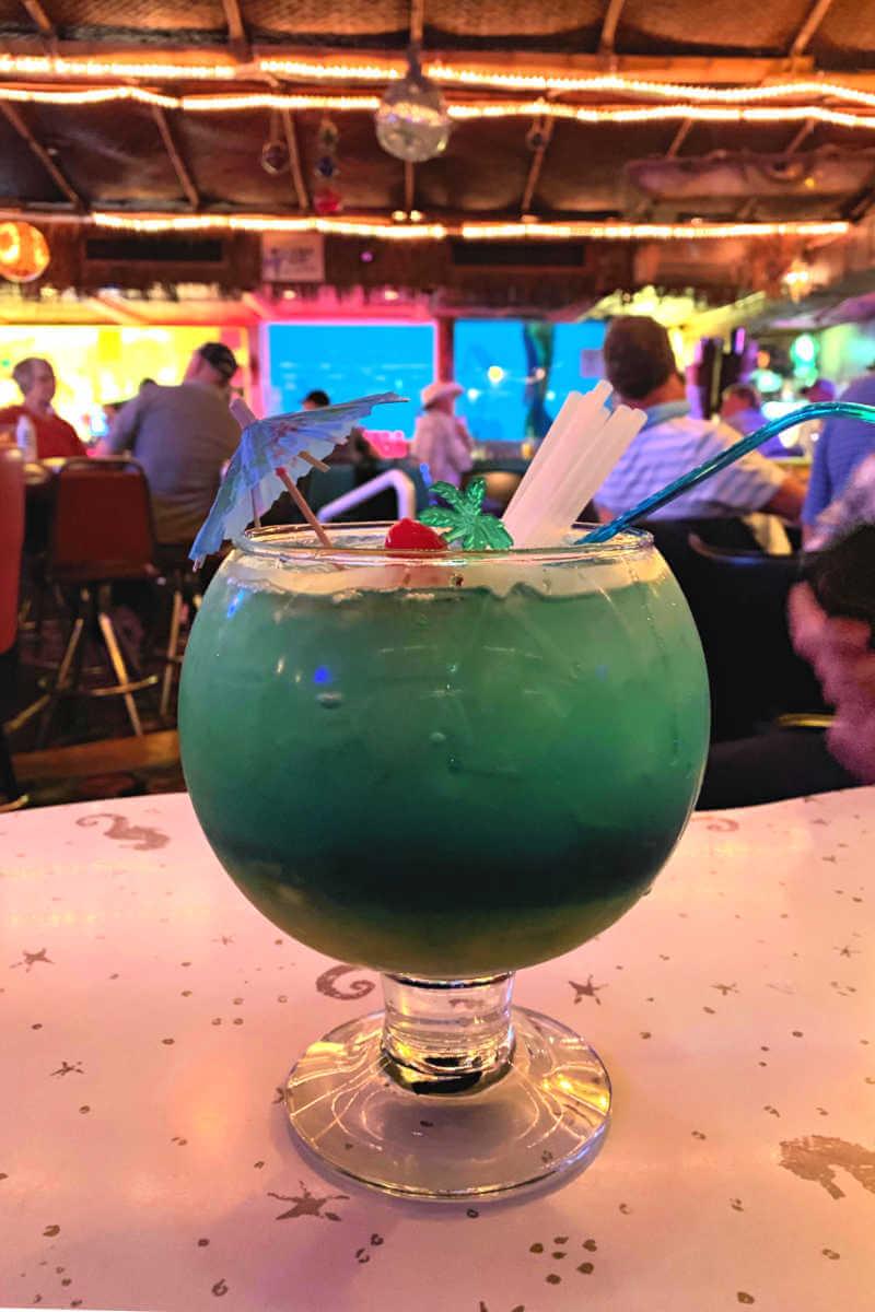 Sip 'n dip lounge, fishbowl Things to do in Great Falls MT #greatfallsmt