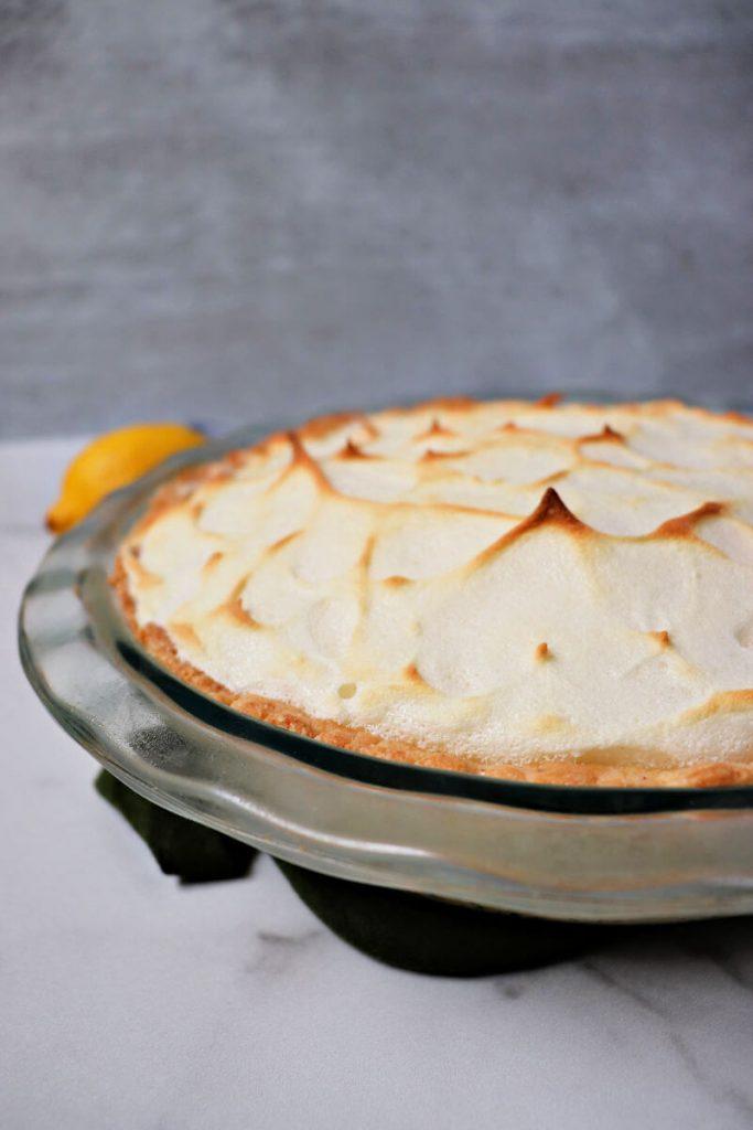 Keto lemon meringue pie is the perfect summer low carb dessert. #ketorecipes #ketodesserts