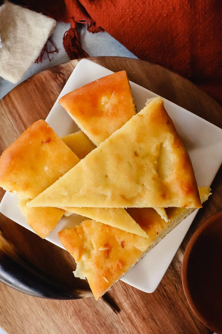 Keto khachapuri - Imeruli Georgian cheese bread